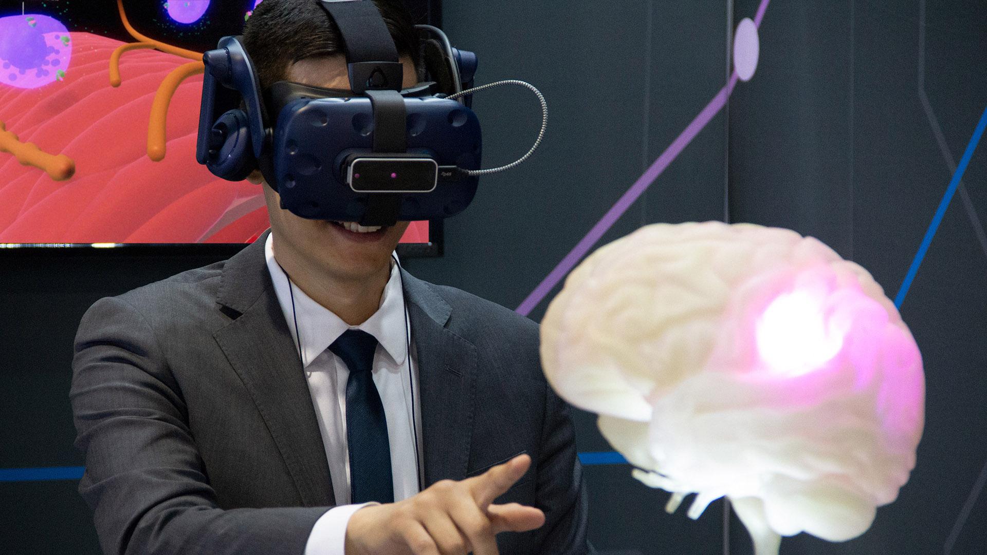 axs-studio-medical-interactive-vr-neuroscience-migraine-01